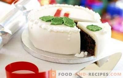 Weißer Zuckerguss - eine elegante Dekoration zum Backen. Zu Hause kochen und mit weißem Zuckerguss verzieren
