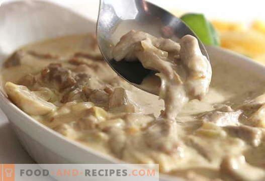 Pilze mit Sauerrahm - die besten Rezepte. Wie man richtig und lecker Pilze mit Sauerrahm kocht.