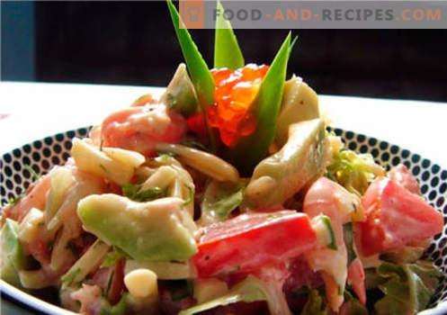 Salat mit Avocado und Lachs - die richtigen Rezepte. Schnell und lecker kochen Salat mit Avocado und Lachs.