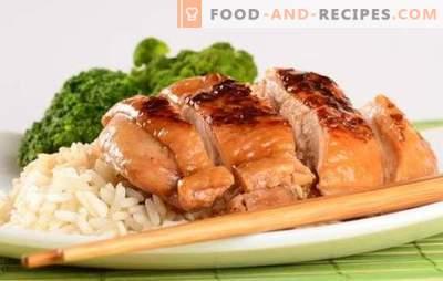 Hühnerfilet in Sojasauce ist die perfekte Marinade für Geflügelfleisch. Varianten von Hähnchenfilet in Sojasauce in einer Pfanne, Bratpfanne und Ofen