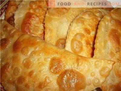 Teig für Tscheburek - die besten Rezepte. Wie man den Teig richtig und schmackhaft für Pasteten kocht.