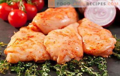 Fry, Eintopf, backen - mariniertes Hühnchen in all seiner Pracht. Wir kreieren fabelhafte Gerichte mit eingelegtem Hühnchen
