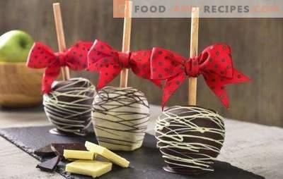 Apfel-Desserts auf dem Feiertagstisch