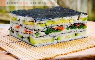 Sushi-Kuchen: hell und stilvoll! Sushitorte mit rotem Fisch, Garnelen, Krabbenstäbchen, Kaviar