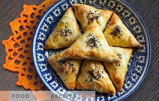 Hausgemachte Hefe-Samsa ist eine saftige orientalische Torte. Einfache Rezepte Hefe-Samsa mit Fleisch, Hähnchen, Hüttenkäse