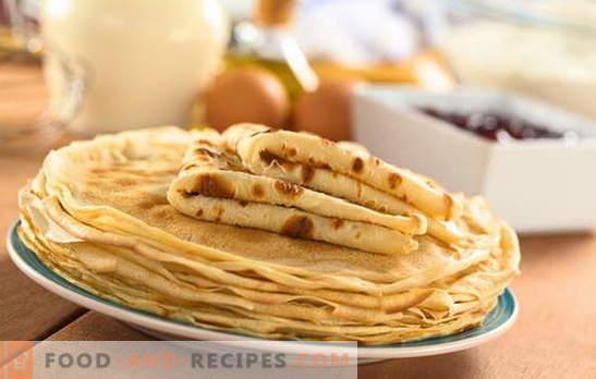 Pfannkuchen auf gekochtem Wasser-Kefir sind in der neuen Version eine beliebte Delikatesse. Rezepte durchbrochene Pfannkuchen für Joghurt mit kochendem Wasser