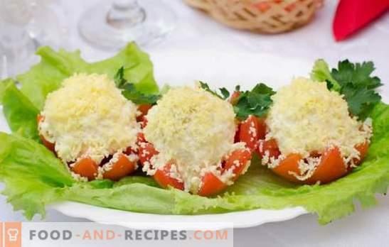 Tomaten mit Mayonnaise und Knoblauch - ein pikanter Sommersnack. Eine Auswahl der besten Rezepte von Tomaten mit Mayonnaise und Knoblauch