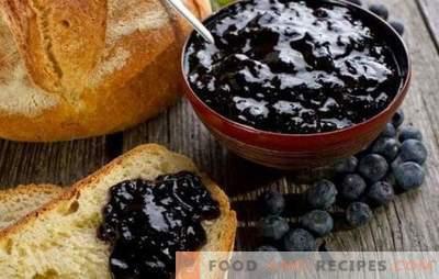 Heidelbeeren mit Zucker einreiben, ohne für den Winter kochen zu müssen - ist nützlich und unglaublich lecker. Die besten Rezepte aus zerstampften Blaubeeren mit Zucker ohne Kochen