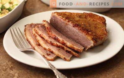 Fleisch in Senf - duftend, hausgemacht, würzig. Gebackenes und gebratenes Fleisch in Senf: mit Wein, Honig, Mayonnaise