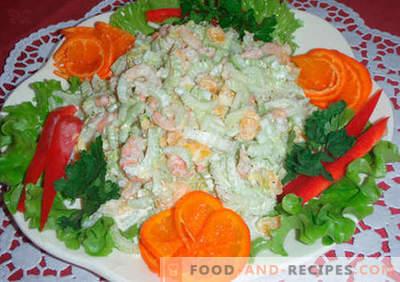 Originelle Salate - eine Auswahl an Rezepten. Originelle Salate für den Feiertagstisch und für jeden Tag.