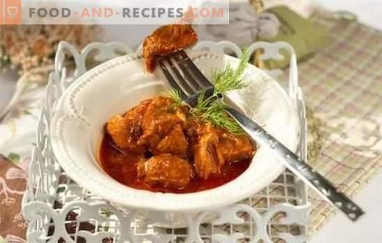 Schweinefleisch in Tomatensauce - leckeres Fleisch! Rezepte Schweinefleisch in Tomatensauce in einer Pfanne, im Ofen, mit Pilzen, Bohnen