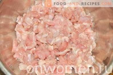 Gehackte Hähnchenpasteten im Ofen