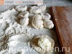 Knödel mit Hüttenkäse auf Kefir
