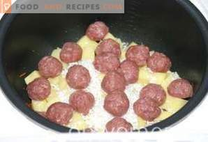 Reissuppe mit Fleischbällchen in einem langsamen Kocher