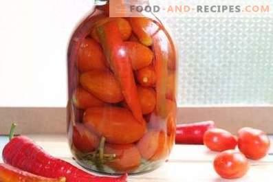 Eingelegte Tomaten mit Paprika