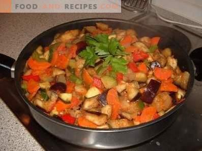Gemüseeintopf mit Auberginen und Zucchini