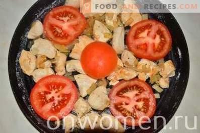 Omelett mit Hähnchen und Tomaten im Ofen
