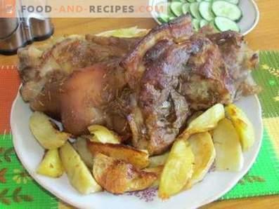 Im Ofen gebackener Knöchel mit Kartoffeln