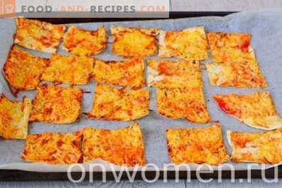 Lavashchips mit Käse im Ofen