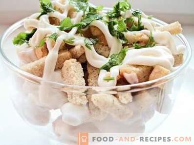 Salat mit Bohnen und Crackern