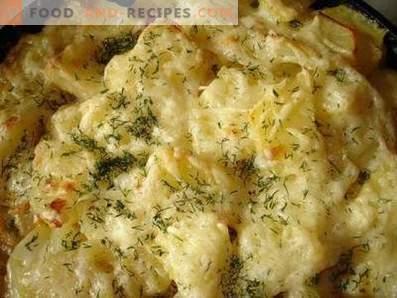 Mit Käse gebackene Kartoffel in einem langsamen Kocher