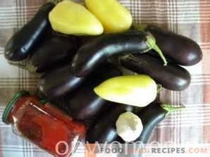Auberginen in schneller Adjika