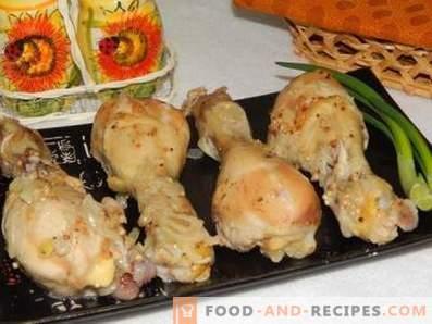 Hähnchenschenkel in einem langsamen Kocher