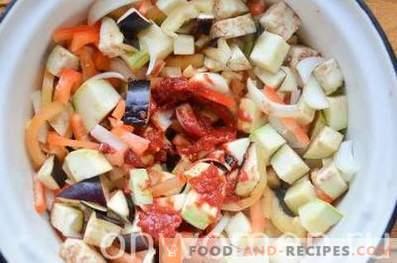 Gedünstetes Gemüse in der Tomate für den Winter