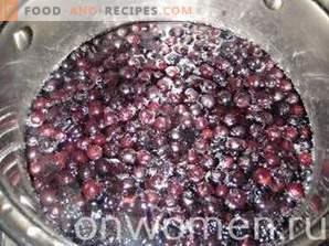 Black Chokeberry Jam mit Äpfeln