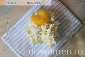 Käsekuchen-Dessert mit süßer Kirsche