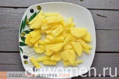 Soupe de légumes aux courgettes