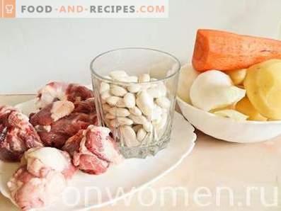 Bohnensuppe mit Fleisch