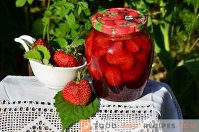 Erdbeeren im eigenen Saft für den Winter