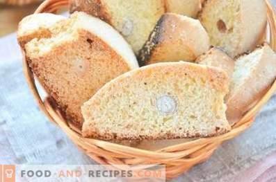 Biscotti mit Erdnüssen