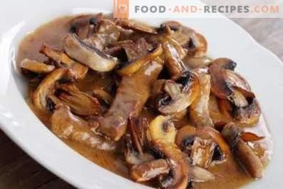 Schweinefleisch mit Pilzen gedünstet