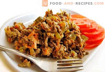 Rinderlebersalat - bewährte Rezepte. Wie man Rinderleber-Salat zubereitet.