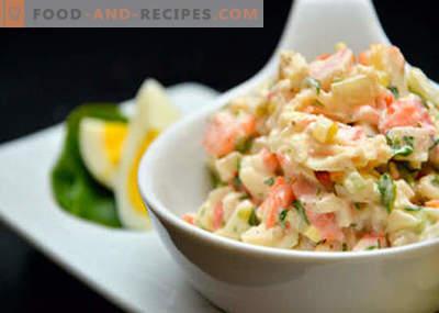 Salat mit Kohl, Mais und Krabbenstäbchen - die besten Rezepte. Salate aus Kohl-, Mais- und Krabbenstäbchen kochen.