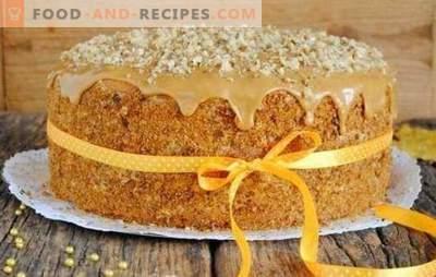 Ein einfacher Kuchen in fünf Minuten ist möglich! Eine Auswahl der einfachsten Rezepte für eilige Kuchen: schnell und lecker