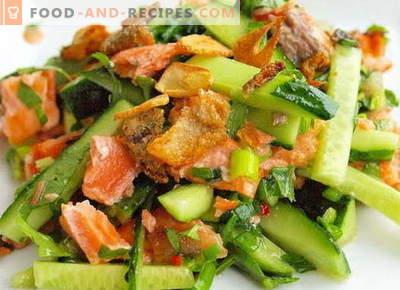 Salat mit Lachs und Gurke - die richtigen Rezepte. Schnell und lecker Kochsalat mit Lachs und Gurke.