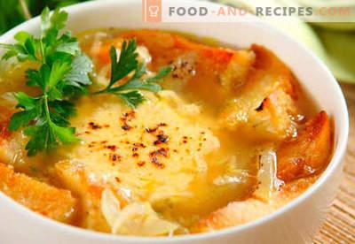 Französische Zwiebelsuppe - bewährte Rezepte. Wie man richtig und lecker französische Zwiebelsuppe kocht.
