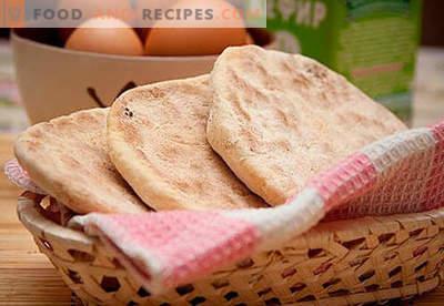 Flache Kuchen: Käse, Mais, frisch, Roggen, Honig - die besten Rezepte. Wie backen Sie Kuchen auf Wasser, Milch oder Kefir - im Ofen oder in einer Pfanne.