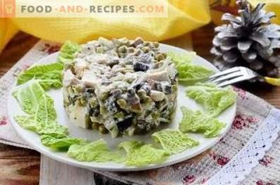 Hähnchen-Pilz-Salate