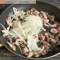 Kohl-Schweinefleisch-Salat - schnell und sehr lecker