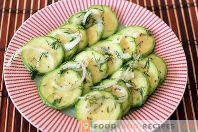 Sofort gesalzene Zucchini